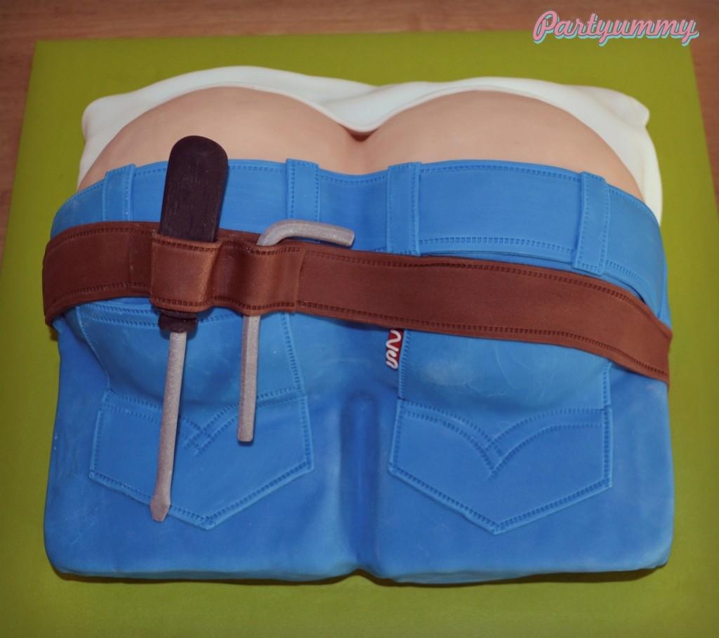 Gâteau en forme de fesses de plombier
