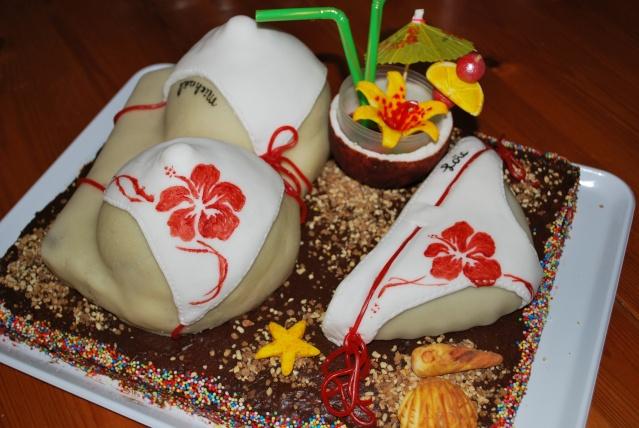 Gâteau en forme de maillot de bain