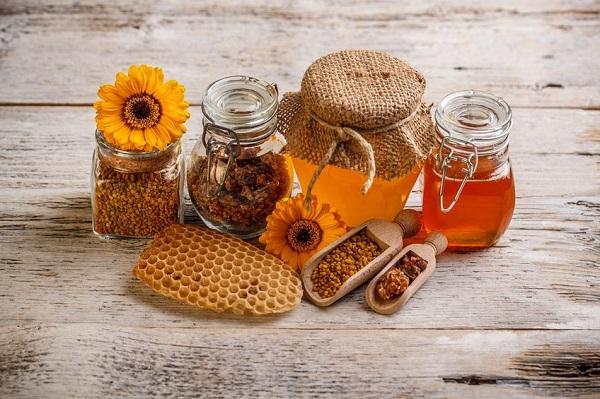 Miel, propolis, pollen : des superaliments ?