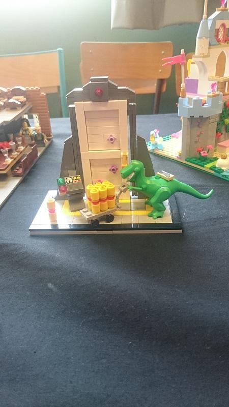 Lego MOC - Création Lego - Disney - Monsters and cie