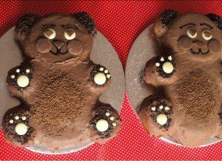 Gâteau d'anniversaire de jumeaux, pour le rendez-vous teammultiples sur les anniversaires de jumeaux !