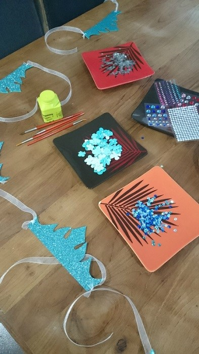 Activité d'anniversaire Reine des Neiges - Proposer un atelier réalisation de couronnes