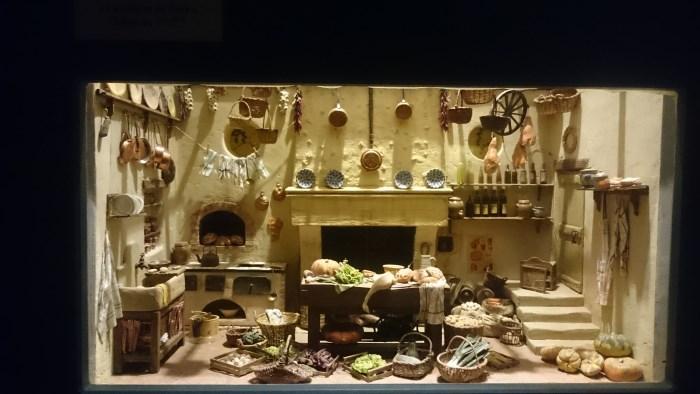 Musée miniature et cinéma de Lyon - Miniature d'une cuisine provençale