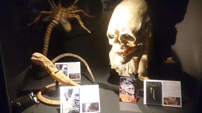 Musée miniature et cinéma de Lyon - Objets divers de la série de films Alien