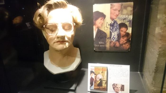 Musée miniature et cinéma de Lyon - Prothèse de Robin Willians dans Mme Doubtfire