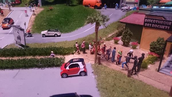 Miniworld à Lyon - Découverte, visite et avis - La ville - Où est Charlie