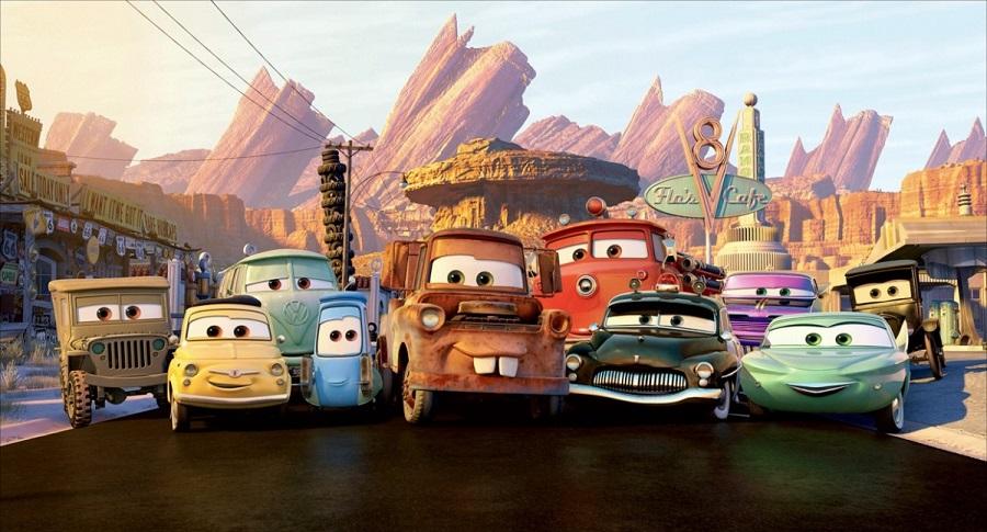 Coloriage Cars Et Cars 2 Et Dessins De Flash Mc Queen Martin