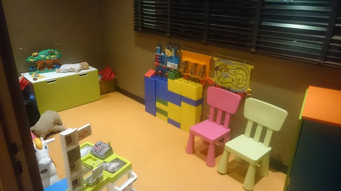 restaurant kid friendly lyon bien manger avec ses enfants. Black Bedroom Furniture Sets. Home Design Ideas