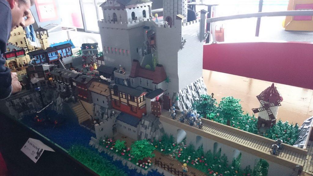 Lego MOC – Exposition Briqu'expo à Lyon - Château fort
