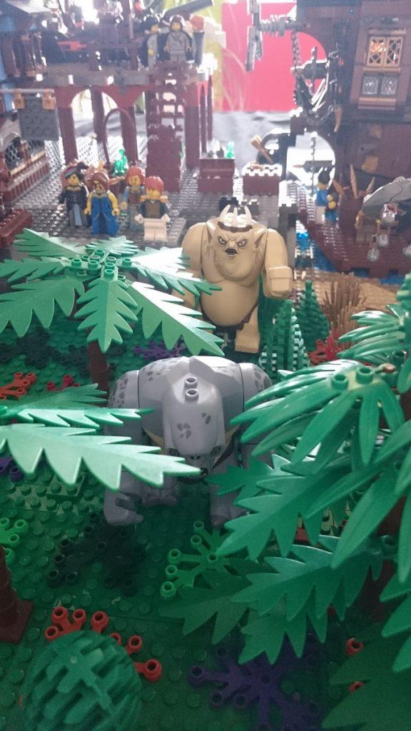 Lego MOC – Exposition Briqu'expo à Lyon - Ogres et trolls du Seigneur des anneaux