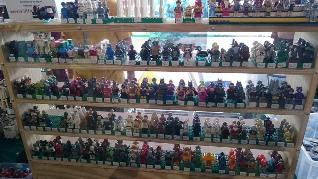 Lego MOC – Exposition Briqu'expo à Lyon - Plein de personnages en vente