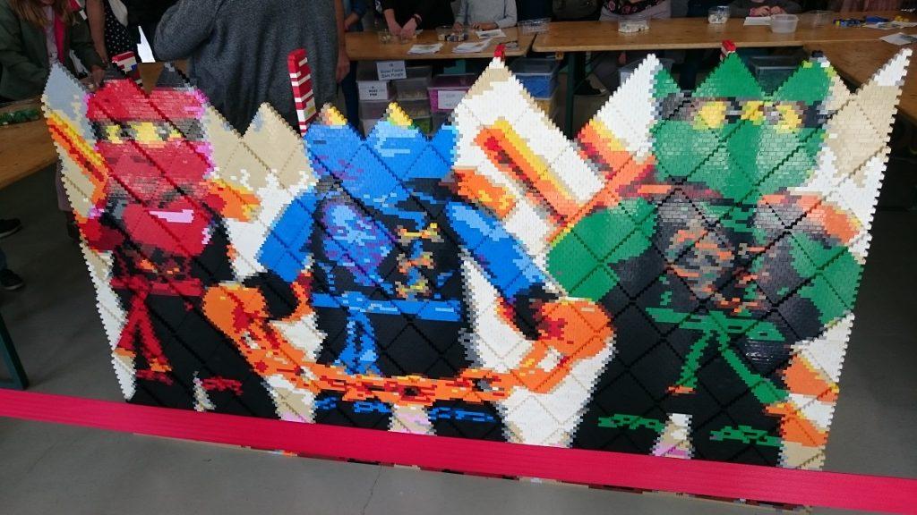 Lego MOC – Exposition Briqu'expo à Lyon - Mur Ninjago en construction
