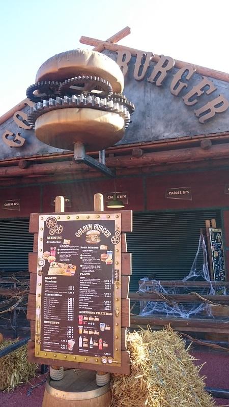 Découverte et avis sur Walibi Rhône-Alpes - Restaurant Golden Burger 2