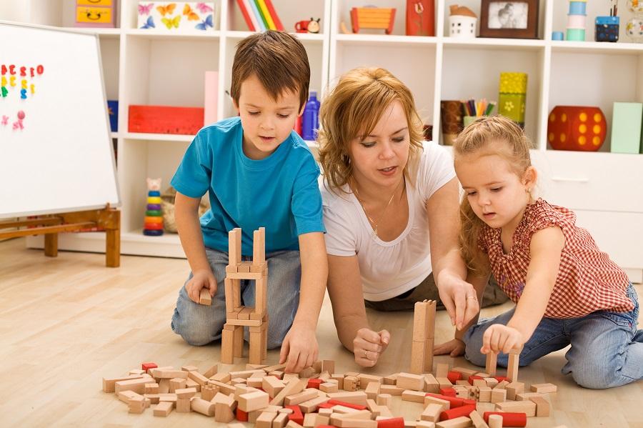 Activités en intérieur pour occuper ses enfants à la maison