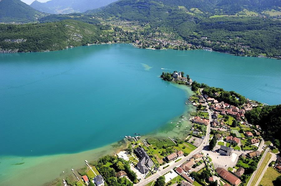4 id es de weekend en amoureux annecy aquitaine - Camping lac d annecy avec piscine ...