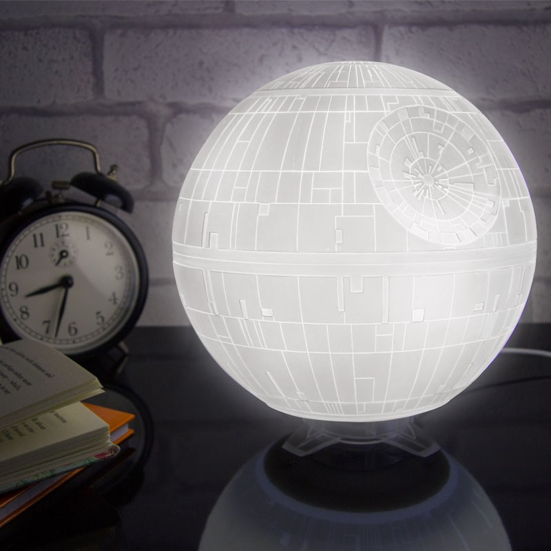 Idées de cadeaux de noël pour geek - Lampe Star Wars Etoile noire