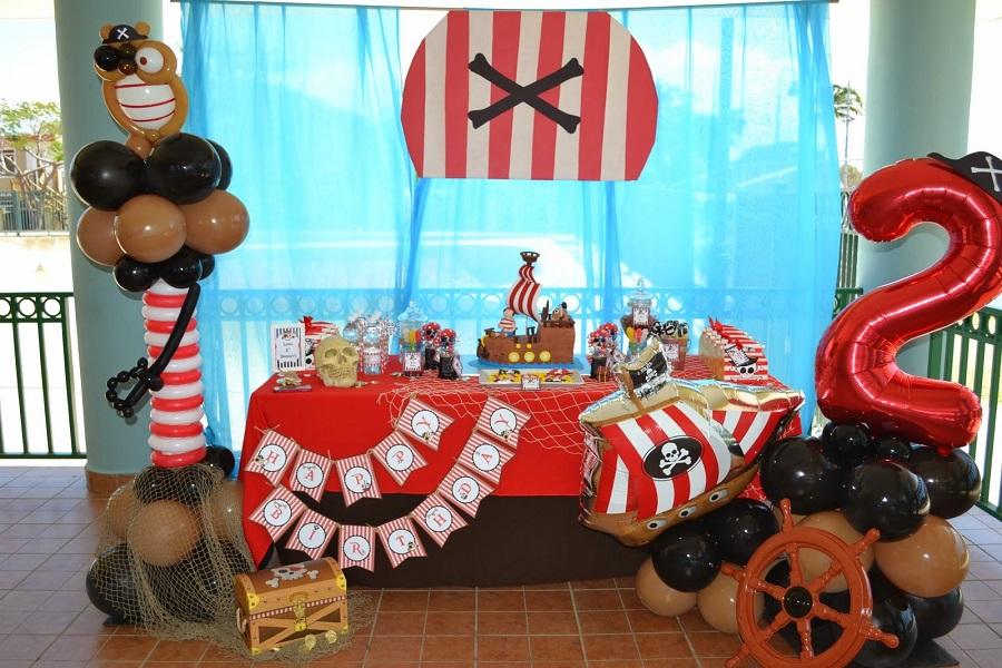 Décoration d'anniversaire - Thème pirates