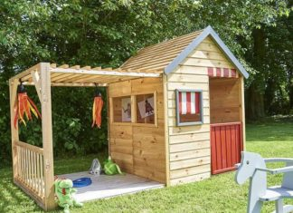 Transformer un abri de jardin en cabane pour enfants