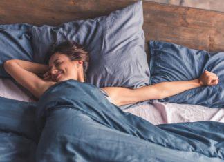 Avantages differences oreiller memoire de forme et oreiller classique