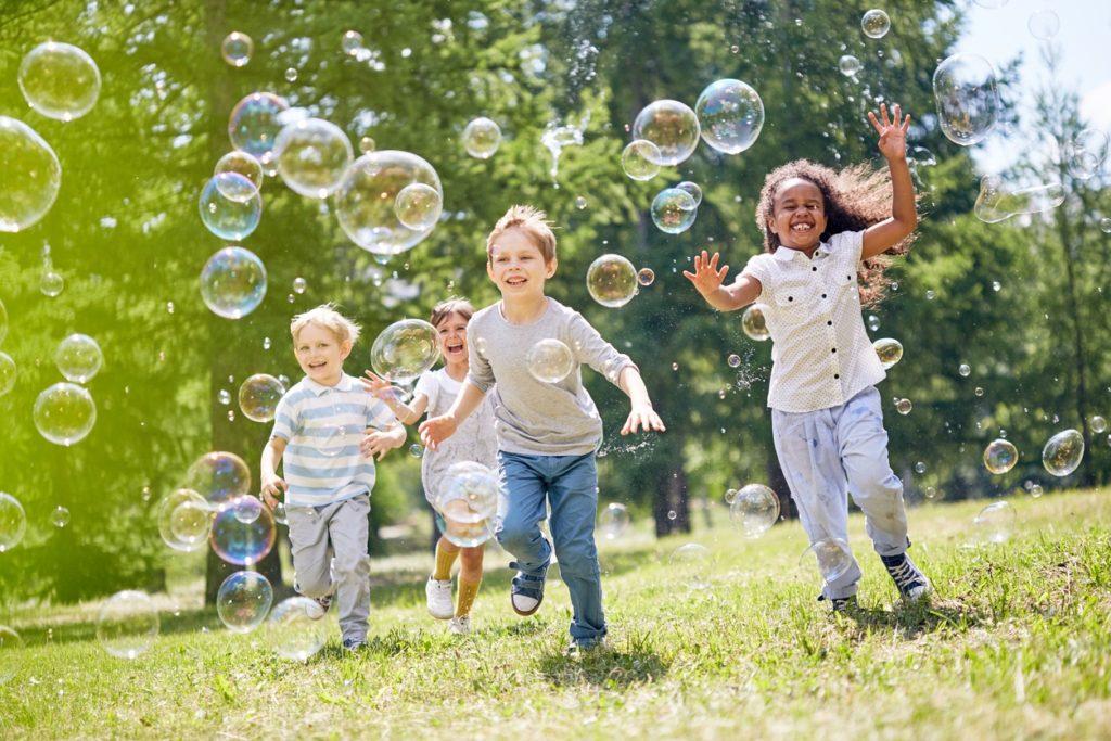 3 exemples d'activités pour un anniversaire d'enfant - Activités extérieures