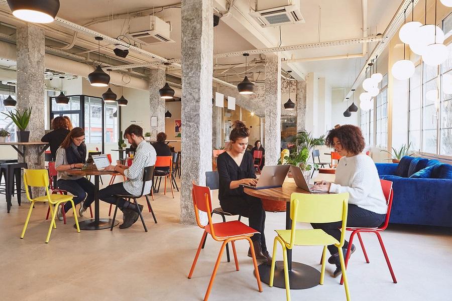 Quels sont les avantages du coworking sur l'ambiance de travail