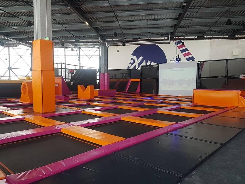 Les trampolines